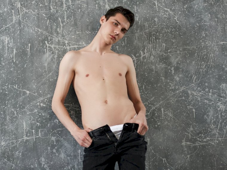 Profil de AdrianSexyGuy - Photo n°2