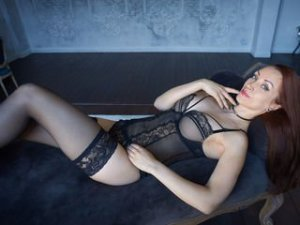Webcam sex lesbienne de AlexaStevens
