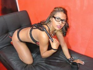 Webcam sex femme - Cam girl de AntonellaSubmiss