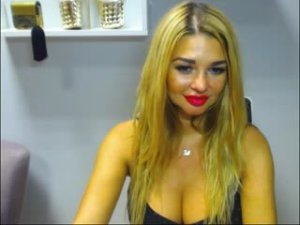 Webcam sex de BlondeSuri