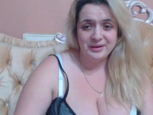 Webcam sex de HugeBoobssx