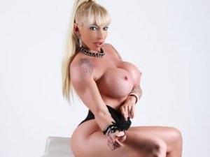 Blonde Webcam Sex von Krisztina