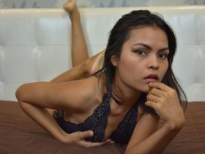 Webcam sex asiatique de LittleGirlAimy
